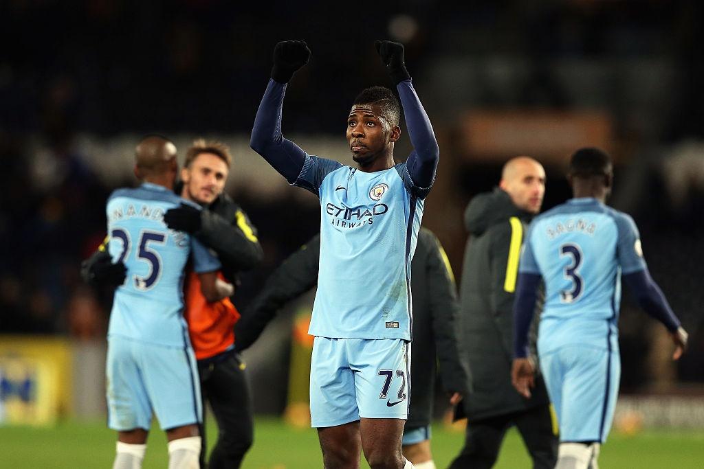 'Vua kien tao' Silva giup Man City bam duoi Chelsea hinh anh 11
