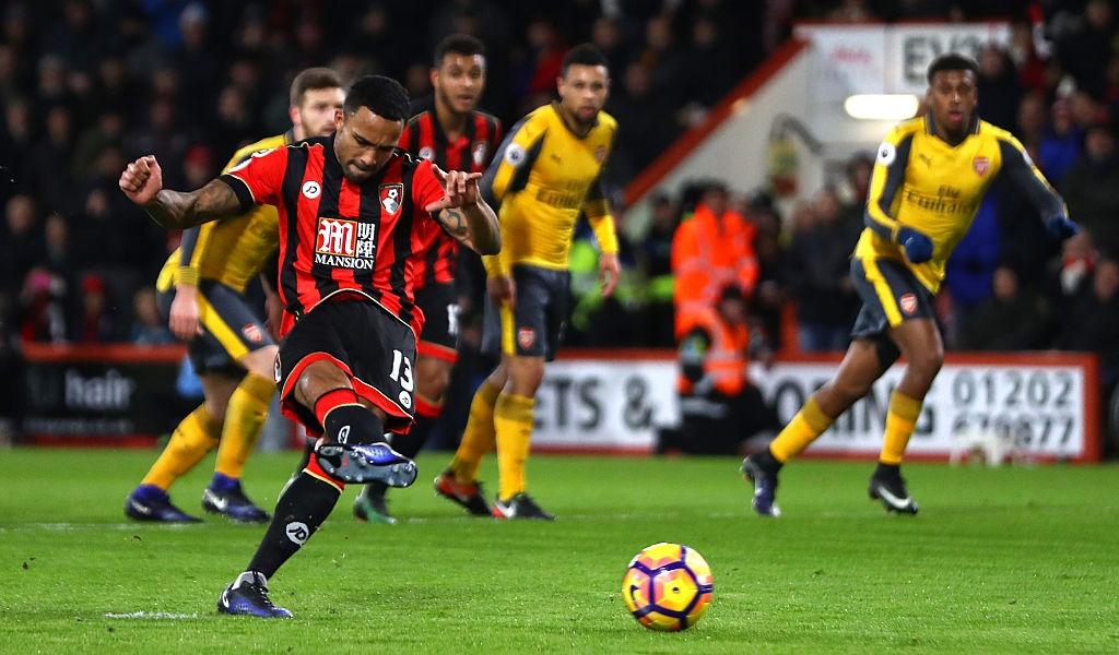Bi dan 3 ban, Arsenal vat va hoa Bournemouth 3-3 hinh anh 5