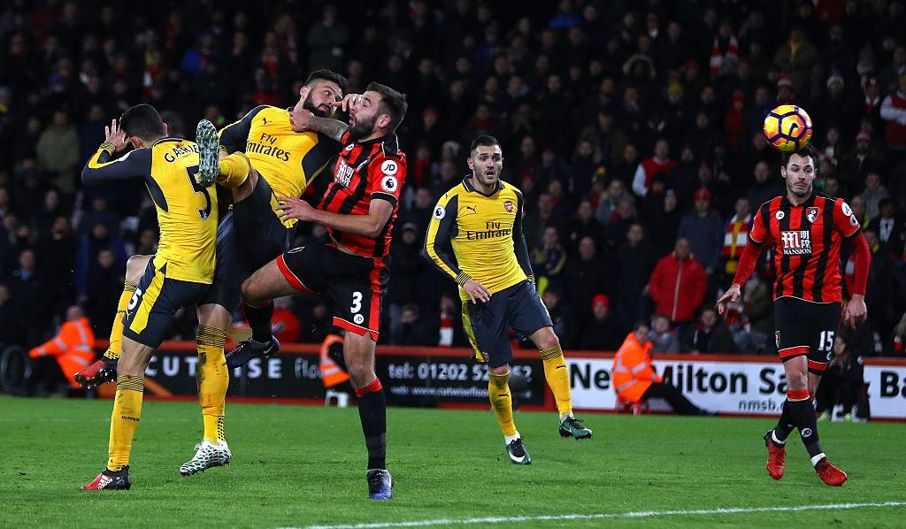 Bi dan 3 ban, Arsenal vat va hoa Bournemouth 3-3 hinh anh 10