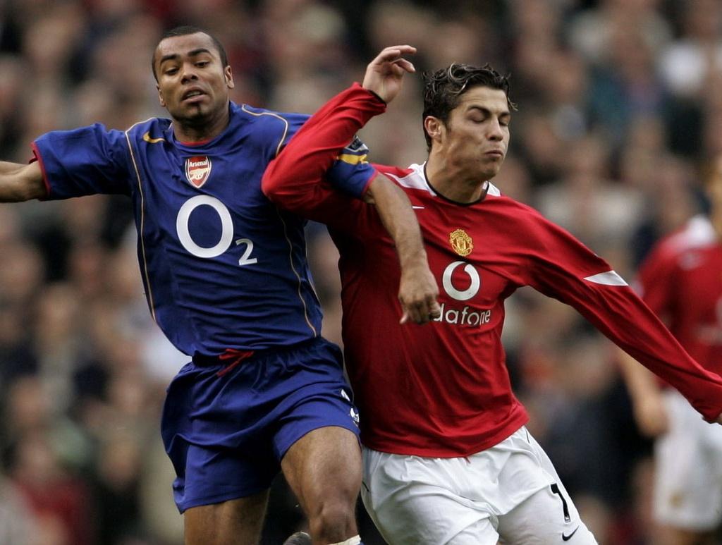5 hau ve tung khien Ronaldo mat hut tren san hinh anh 2