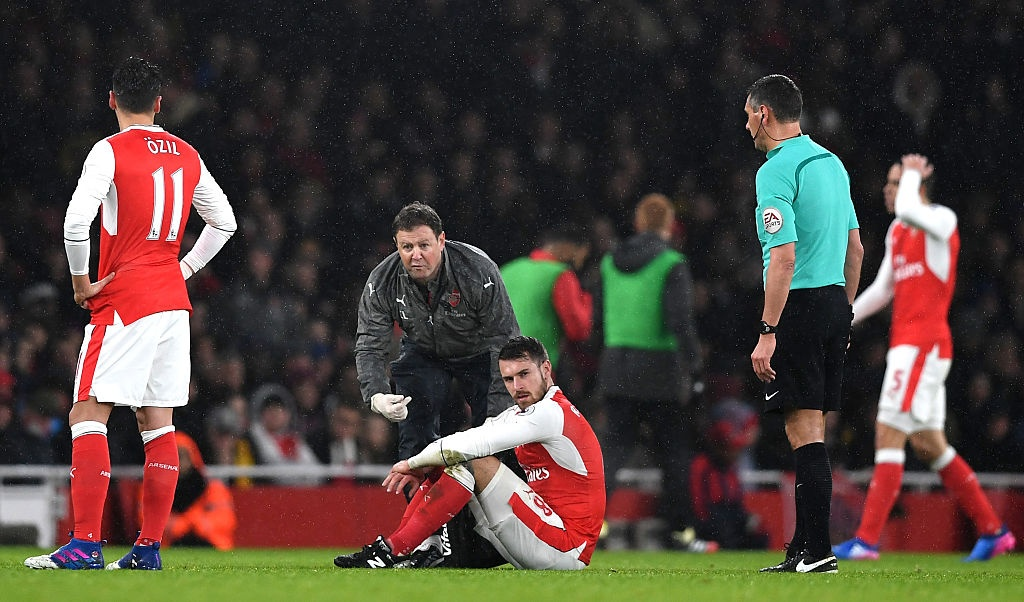 Arsenal thua 1-2 truoc Watford anh 5