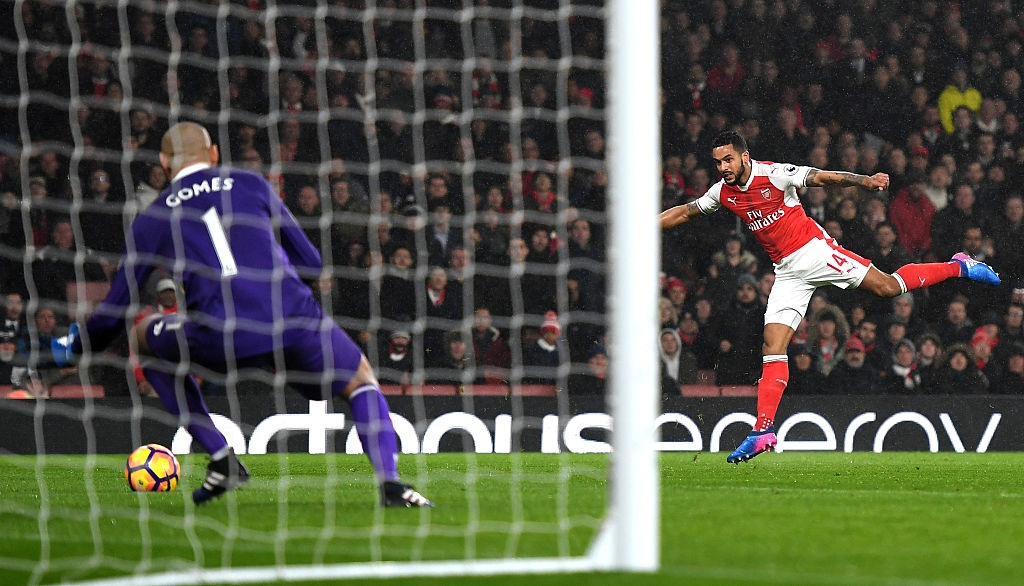 Arsenal thua 1-2 truoc Watford anh 7