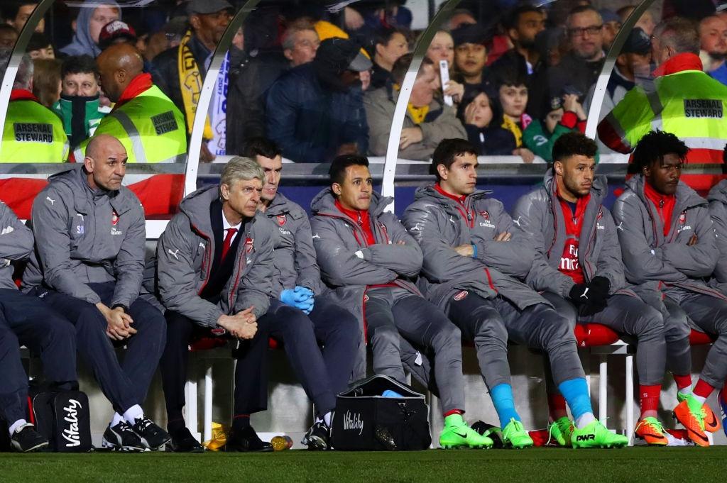 Fan cuong khong the can Arsenal thang anh 7