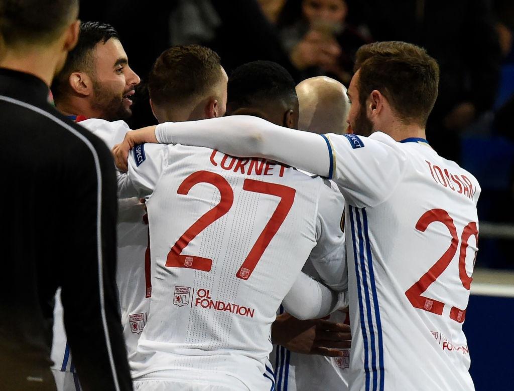Lyon thang 11-1 o cup chau Au anh 6