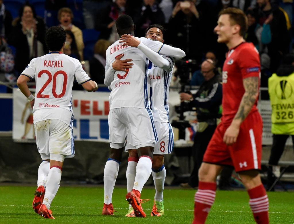 Lyon thang 11-1 o cup chau Au anh 9