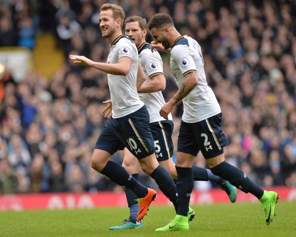 Kane giup Tottenham len vi tri thu 2 anh 4