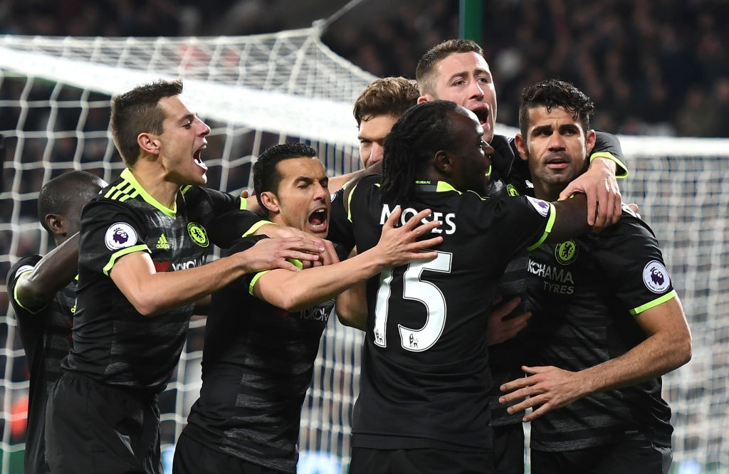 Diego Costa va Hazard giup Chelsea but toc ve dich hinh anh 10