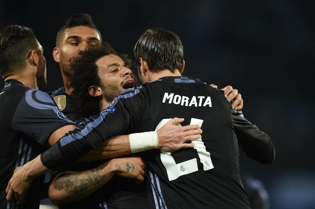 Ronaldo, Benzema va Bale im tieng, Real van thang Napoli hinh anh 8