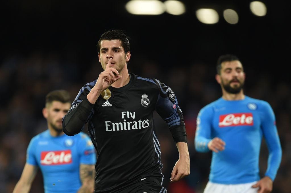 Ronaldo, Benzema va Bale im tieng, Real van thang Napoli hinh anh 7