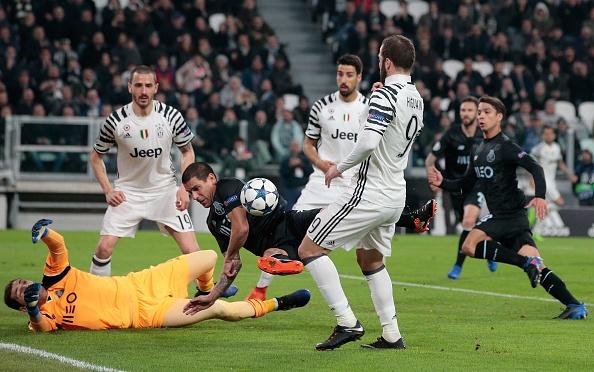 Ky luc Champions League duoc lap o tran Juve thang Porto hinh anh 5
