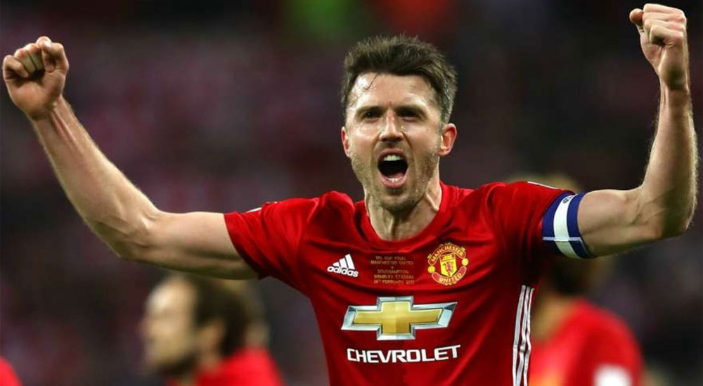 Carrick vao doi hinh hay nhat vong 30 anh 7