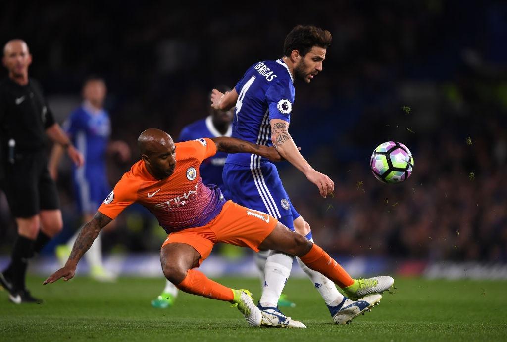 Chelsea tien gan chuc vo dich sau tran thang Man City 2-1 hinh anh 10