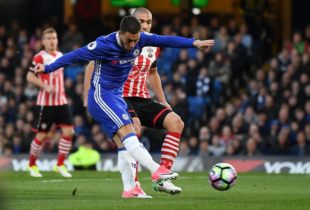 Chelsea vung vang ngoi dau sau tran thang Southampton 4-2 hinh anh 2