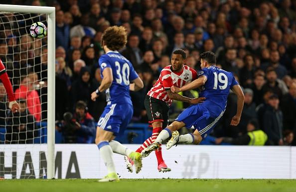 Chelsea vung vang ngoi dau sau tran thang Southampton 4-2 hinh anh 6