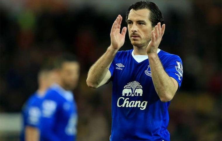 Sanchez lap ky luc, vao doi hinh hay nhat vong 37 Premier League hinh anh 5