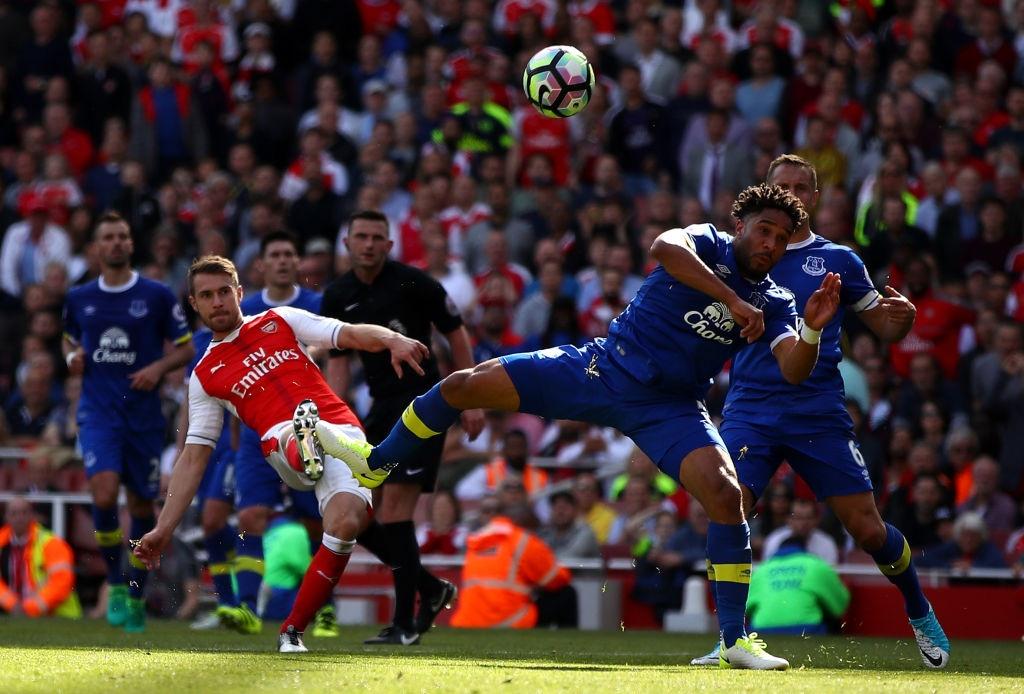 Arsenal lap ky luc buon: Mat ve Champions League lan dau sau 2 thap ky hinh anh 5