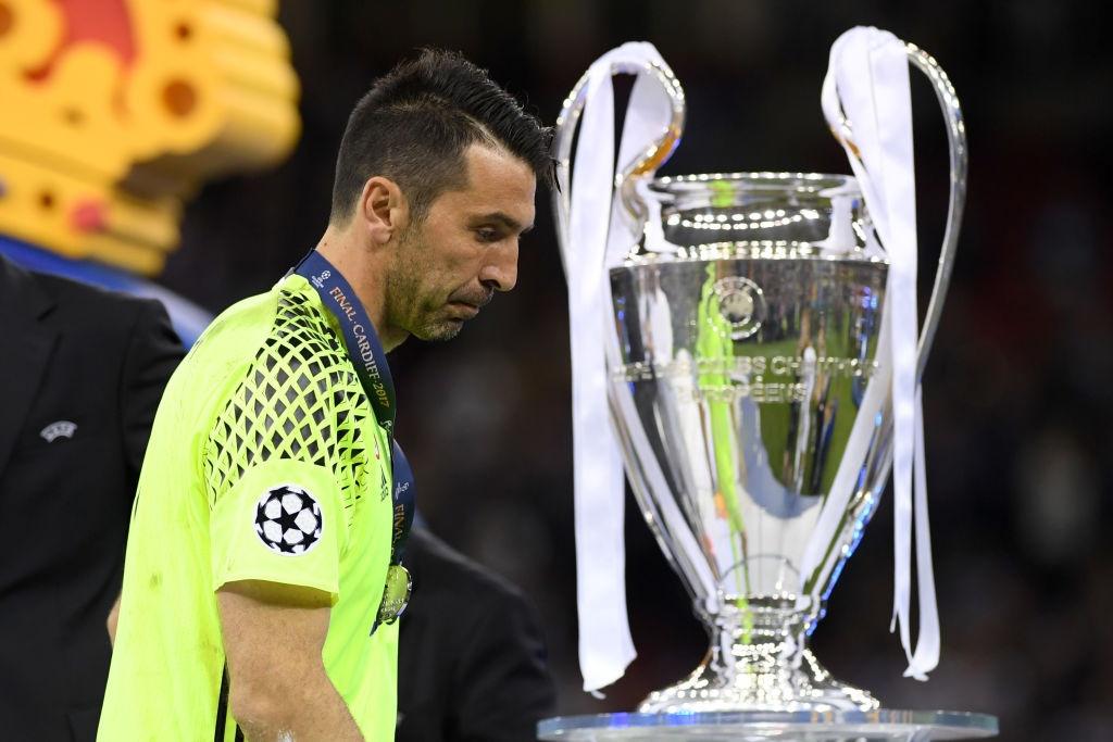 Doi hinh 11 cau thu lung danh chua vo dich Champions League hinh anh 1