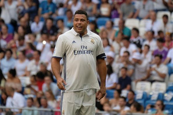 Ronaldo va Figo tai xuat, doi huyen thoai Real thang AS Roma 4-0 hinh anh 1