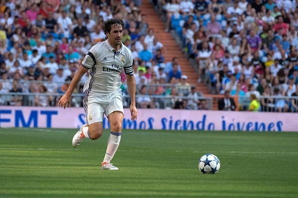 Ronaldo va Figo tai xuat, doi huyen thoai Real thang AS Roma 4-0 hinh anh 4
