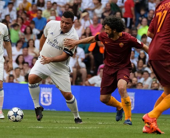 Ronaldo va Figo tai xuat, doi huyen thoai Real thang AS Roma 4-0 hinh anh 3