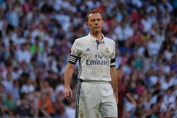 Ronaldo va Figo tai xuat, doi huyen thoai Real thang AS Roma 4-0 hinh anh 7