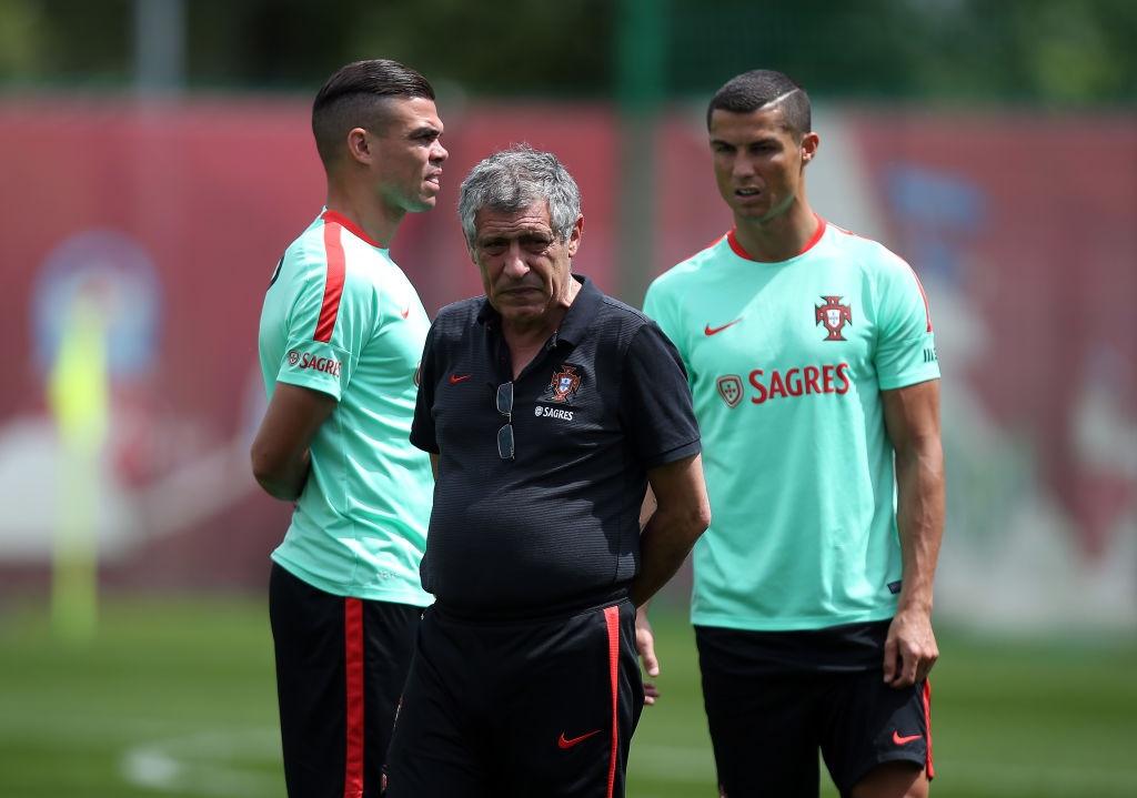 Ronaldo miet mai tap luyen truoc tran ra quan o Confeds Cup hinh anh 5