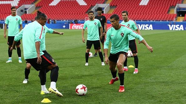 Ronaldo vui ve truoc cao buoc tron thue anh 5