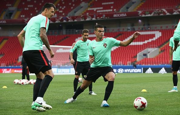 Ronaldo vui ve truoc cao buoc tron thue anh 8
