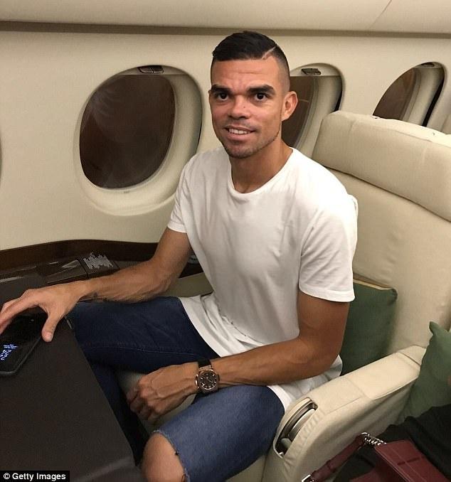 Pepe chinh thuc co ben do moi sau khi roi Real hinh anh 2