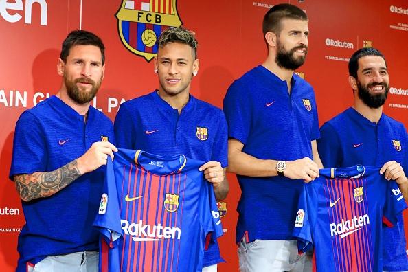 Lionel Messi tro lai Barca kiem tra the luc hinh anh 4