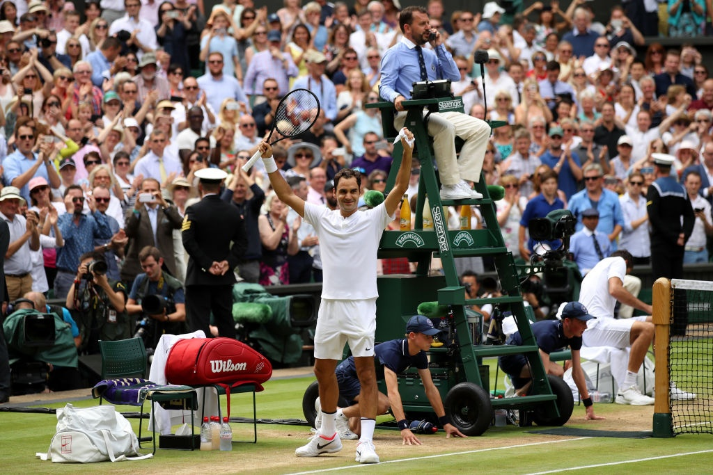 Roger Federer roi le khi lap ky luc vo dich Wimbledon hinh anh 5
