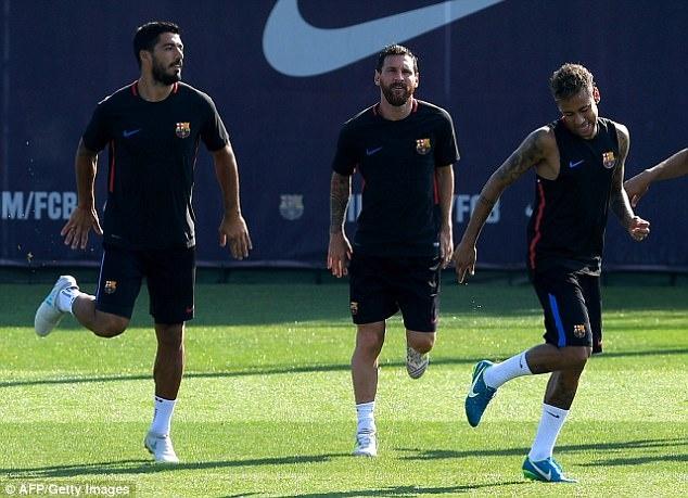 Messi tro lai tap luyen chuan bi cho tran doi no Juve hinh anh 1