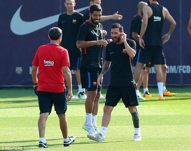 Messi tro lai tap luyen chuan bi cho tran doi no Juve hinh anh 5