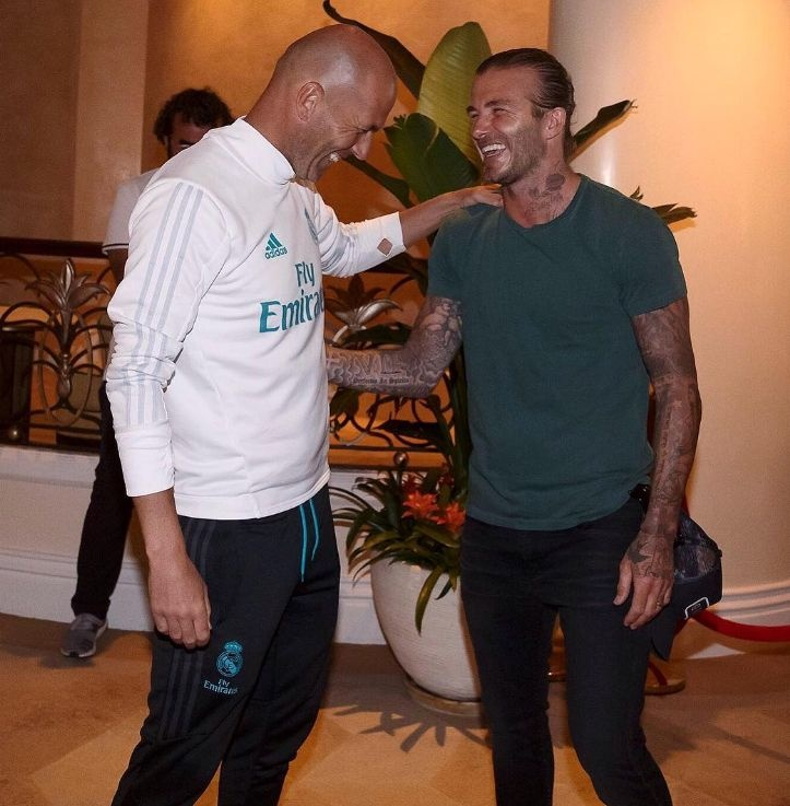 David Beckham hoi ngo voi Zidane va Raul hinh anh 3