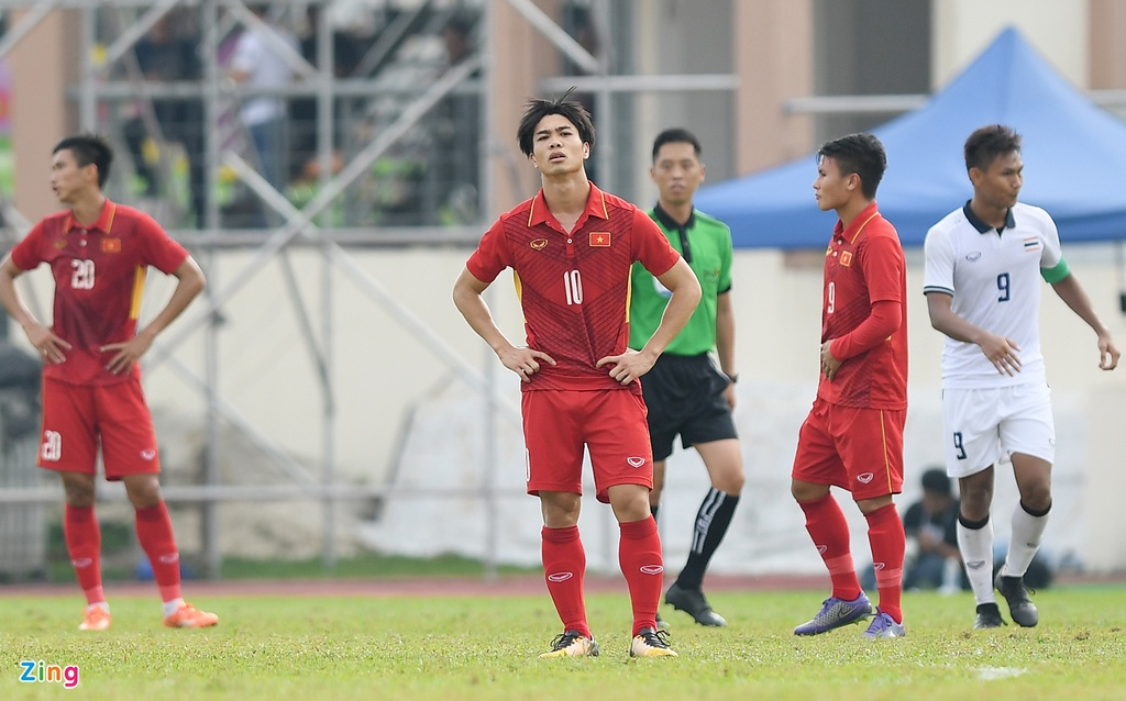 U22 VN that vong va nuoi tiec roi SEA Games 29 hinh anh 3