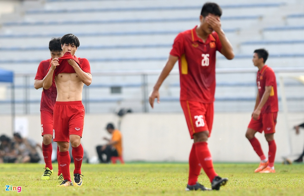 U22 VN that vong va nuoi tiec roi SEA Games 29 hinh anh 2