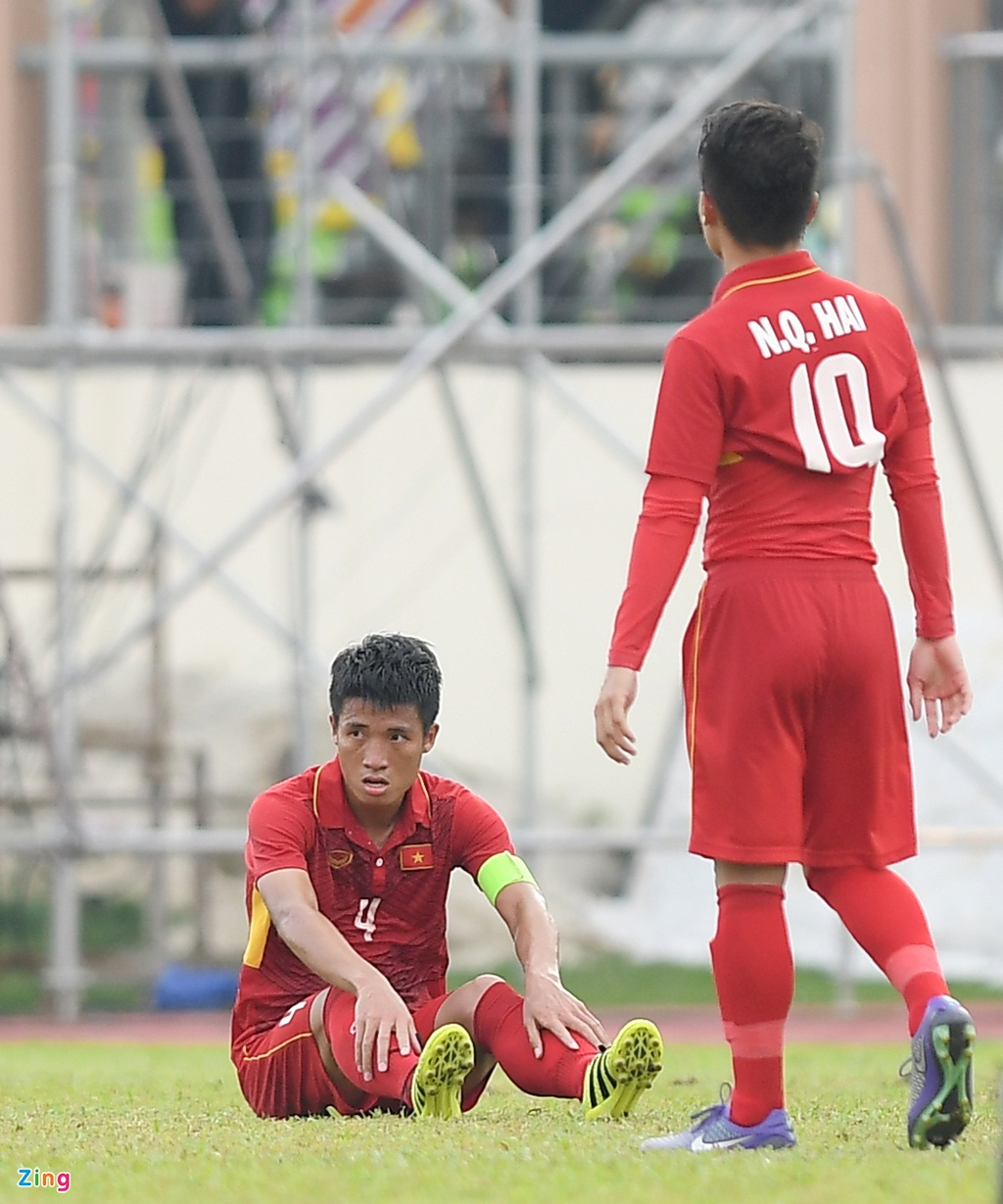 U22 VN that vong va nuoi tiec roi SEA Games 29 hinh anh 5