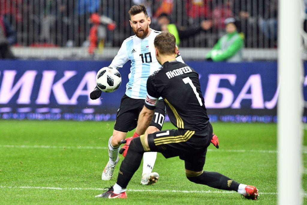 Messi bat luc, Argentina van thang chu nha World Cup 2018 hinh anh 8