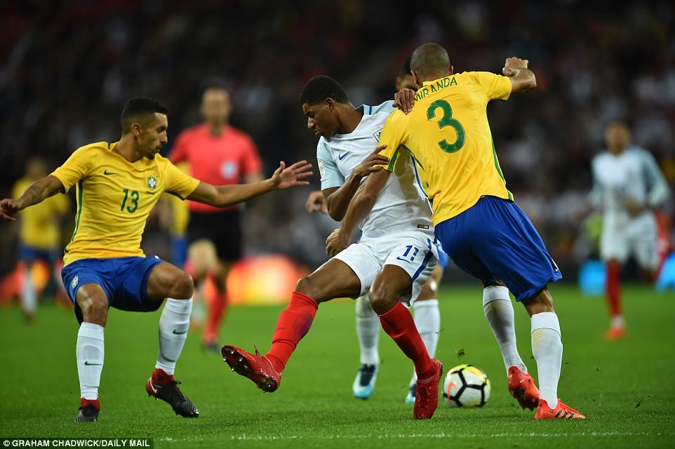 Neymar va dong doi gay that vong khi hoa dan sao tre tuyen Anh hinh anh 7