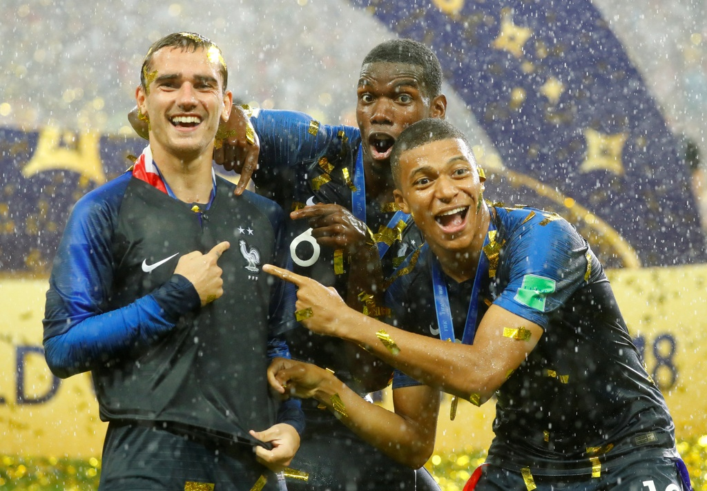 DT Phap vo dich World Cup: Do quai cua Deschamps hinh anh 3