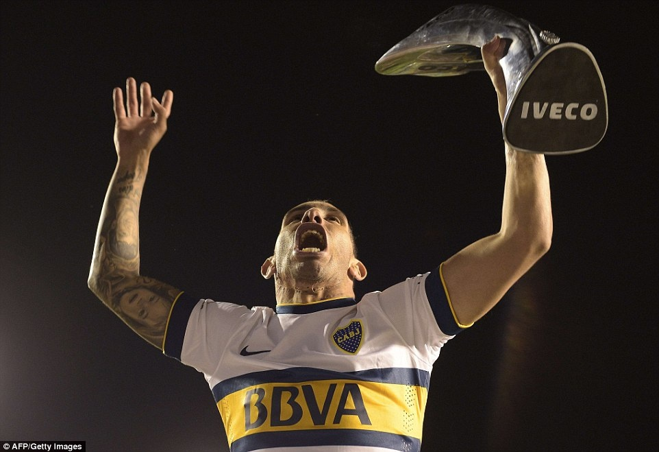 Tevez gianh danh hieu dau tien khi tro lai Boca Juniors hinh anh 3