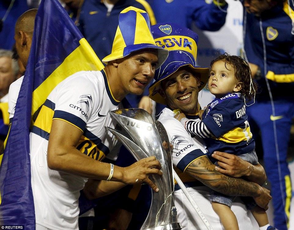 Tevez gianh danh hieu dau tien khi tro lai Boca Juniors hinh anh 5