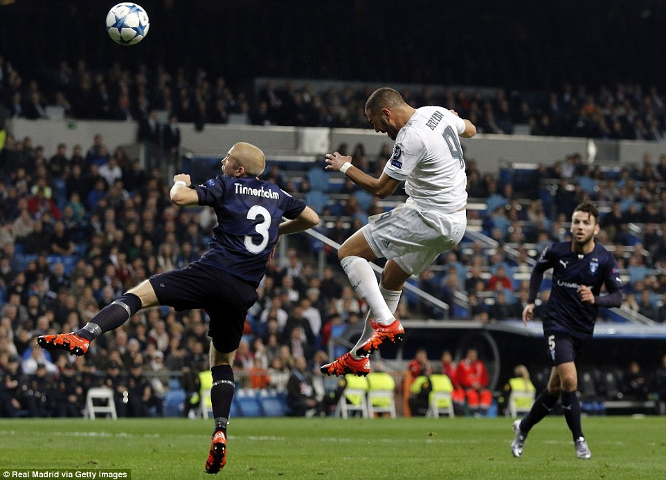 Ghi 4 ban trong 19 phut, Ronaldo giup Real dai thang 8-0 hinh anh 9