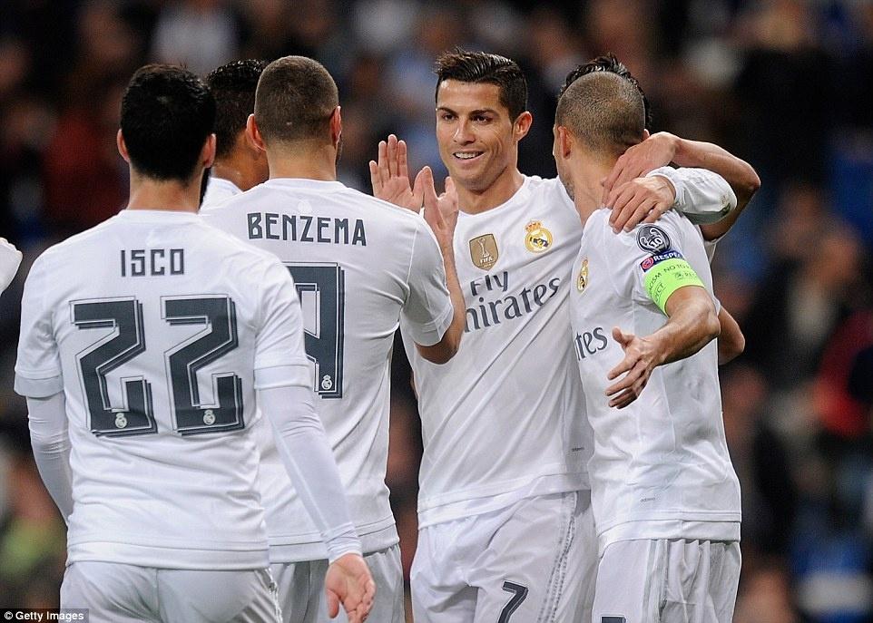 Ghi 4 ban trong 19 phut, Ronaldo giup Real dai thang 8-0 hinh anh 5