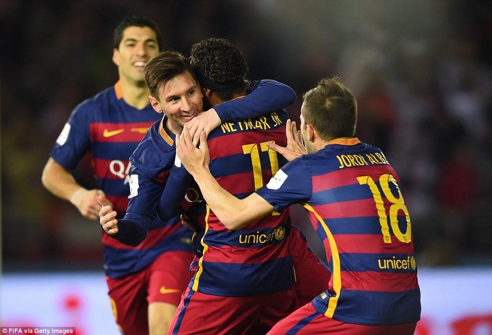 Barca khep lai nam 2015 bang danh hieu thu 5 hinh anh 6