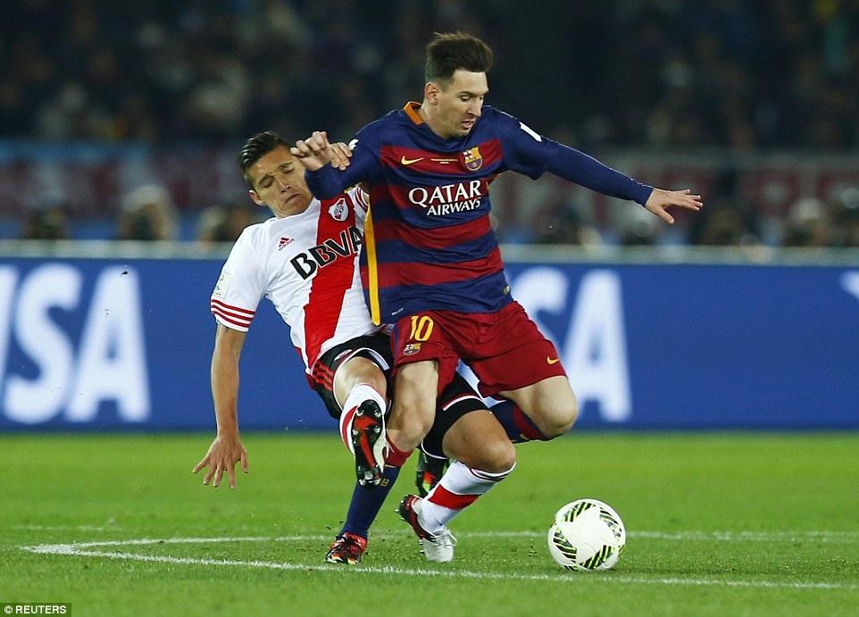 Barca khep lai nam 2015 bang danh hieu thu 5 hinh anh 11