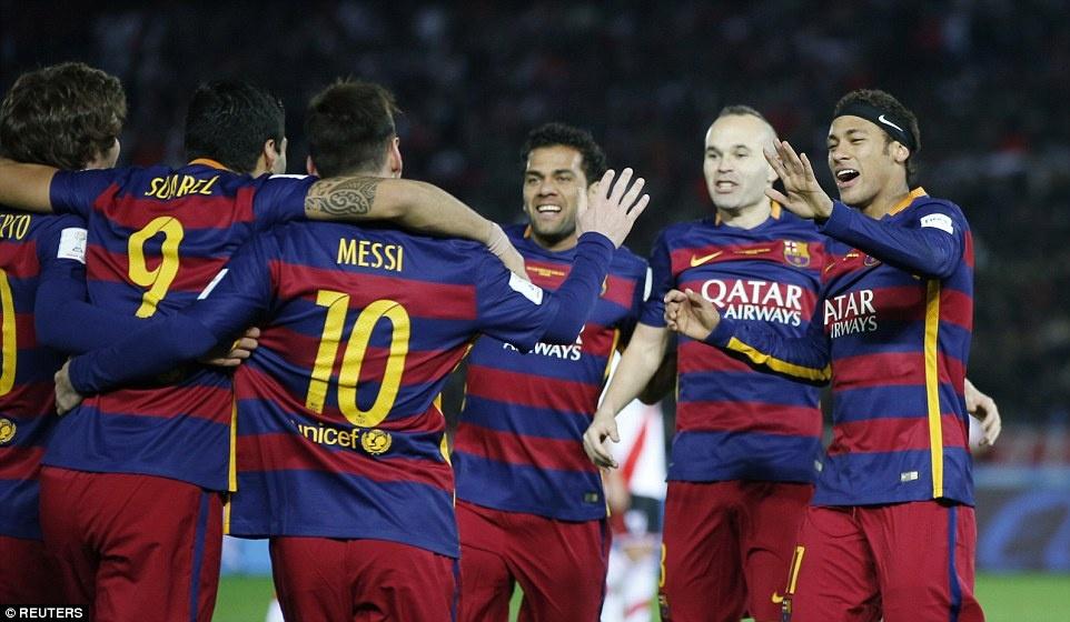 Barca khep lai nam 2015 bang danh hieu thu 5 hinh anh 12
