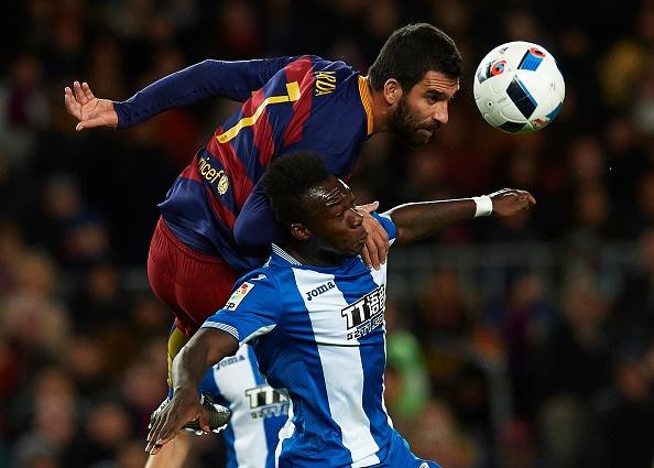 Messi chao don hai tan binh cua Barca bang cu dup hinh anh 6