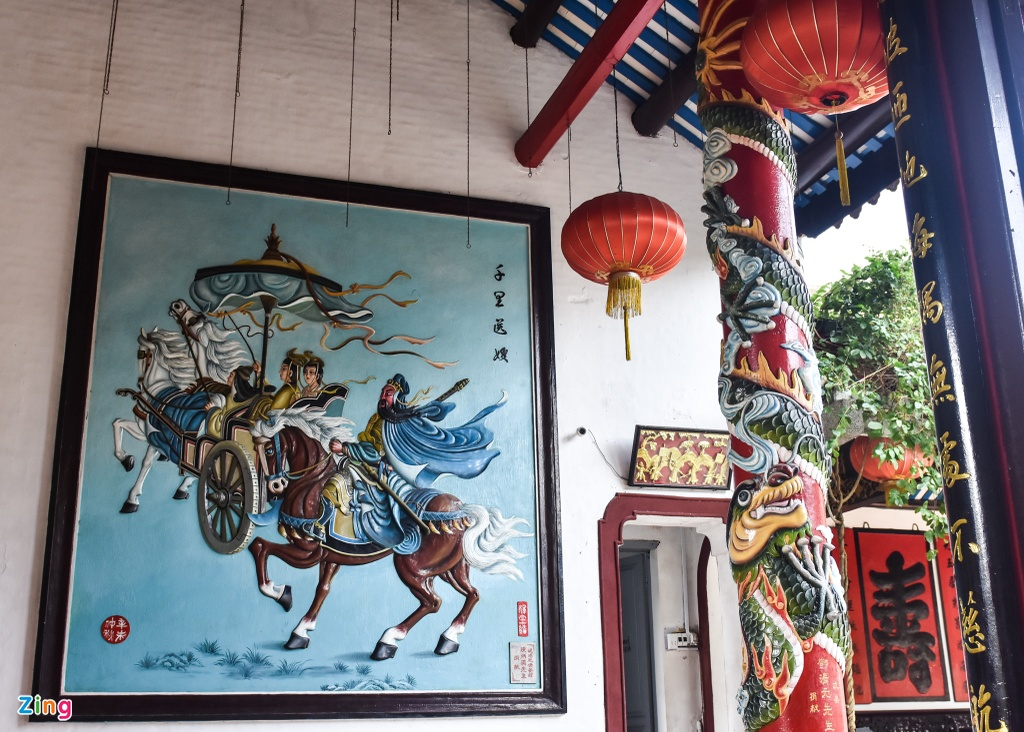 Hoi quan Quang Dong o pho co Hoi An anh 14