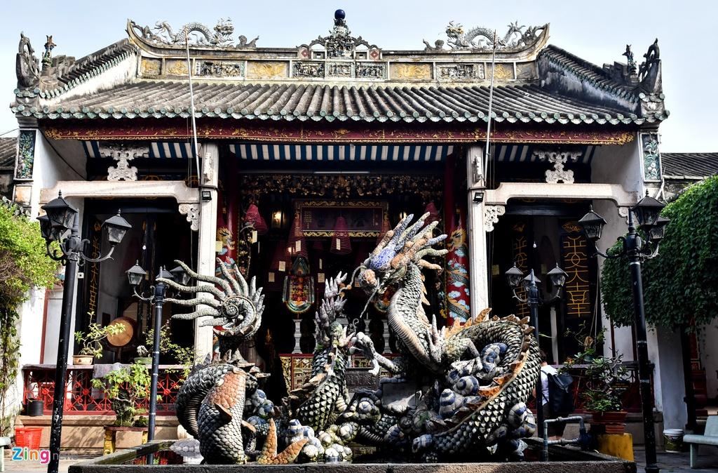 Hoi quan Quang Dong o pho co Hoi An anh 6